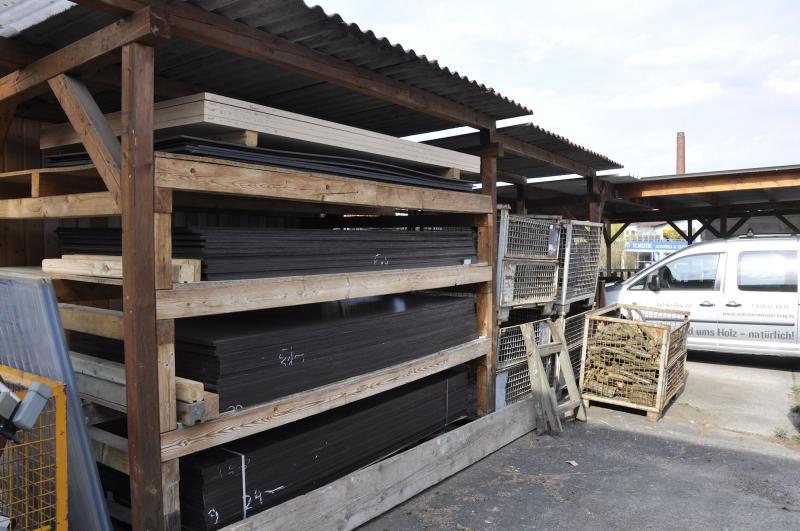 Lagerung von Multiplex- und Siebdruckplatten